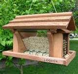 photos of Bird Feeder Varieties